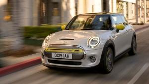 Mini Cooper SE & Mini Rocketman Electric Cars Revealed — The Future Is Indeed Electric!