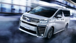 Toyota Vellfire Premium MPV Unveiled In India — Opulence & Luxury For The Entire Family