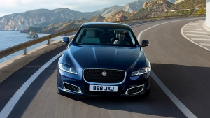 Jaguar Land Rover Discount Offers: Festive Benefits Available Across Models