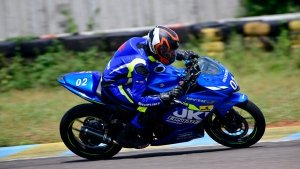 2019 Suzuki Gixxer Endurance Race: Suzuki Gixxer SF 250 Race Bike Makes Its Racetrack Debut