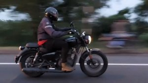 Royal Enfield Meteor Spotted Testing With Other Upcoming Models Ahead Of Launch: Spy Pics & Details