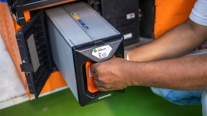 SUN Mobility To Set Up 100 Battery Swap Points In Bengaluru: Read More About It