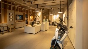 Ather Energy Inaugurates Its First Showroom In Mumbai: Here Are All The Details