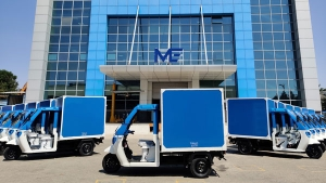 Amazon India & Mahindra Electric Partners For Sustainable Mobility: Here Are All Details