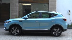 MG Motor ZS Petrol SUV Spotted Testing Once Again Ahead Of Its Launch: Read More To Find Out!