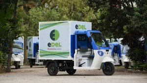 Flipkart To Deploy More Than 25,000 Electric Vehicles By 2030: Read More To Find Out!