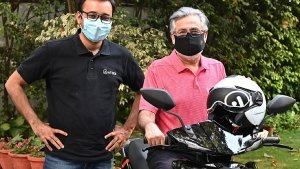 First Ather Electric Scooter Delivered In Delhi To Dr Pawan Munjal: New Updates Rolled Out!