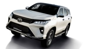 Toyota Innova Crysta & Fortuner Could Recieve Diesel-Hybrid Engines: Here Are All Details