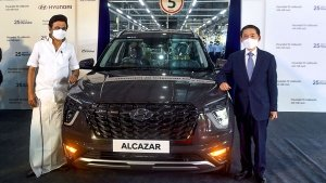 Hyundai Alcazar 10 Millionth Milestone Unit Rolled Out From Chennai Plant: Here Are All Details