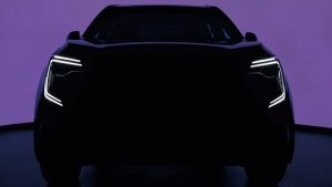Mahindra XUV700 Launch Debut On August 14: Diesel & Petrol Engines, Advanced Safety Features & More