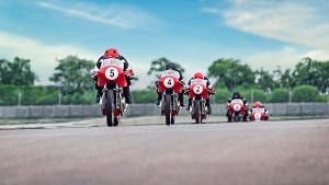 Royal Enfield Continental GT Cup Announced; GT-R650 Race Bike Revealed