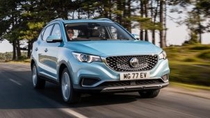 MG ZS Petrol Interiors Spied Ahead Of India Launch Expected Soon: SPy Pics & Details