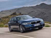 2017 BMW 5 Series Touring Images