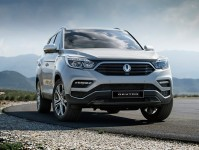 2017 SsangYong Rexton Images