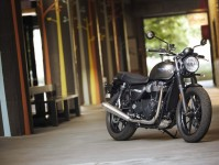 2019 Triumph Street Twin Images