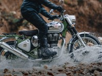 Royal Enfield Bullet Trials 500 Images