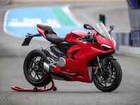 Ducati Panigale V2 Images
