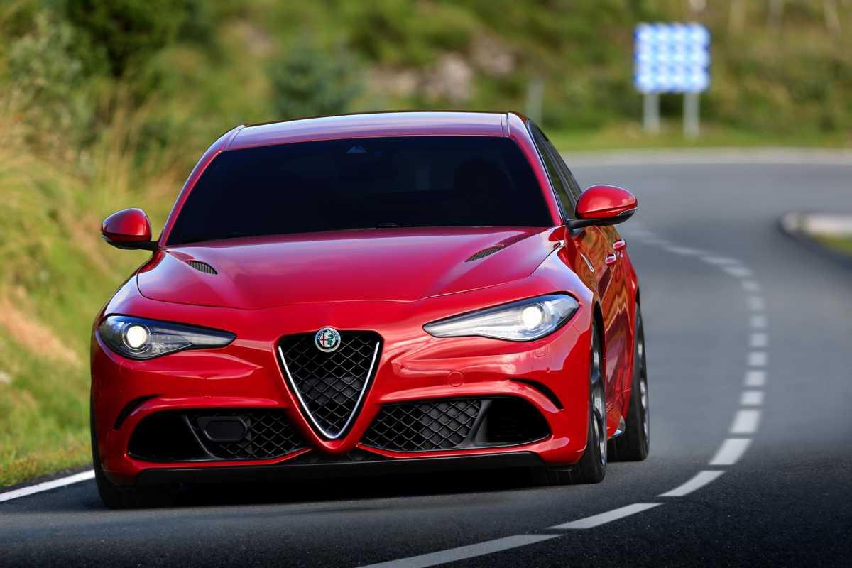 2016 Alfa Romeo Giulia Quadrifoglio Wallpapers Hd