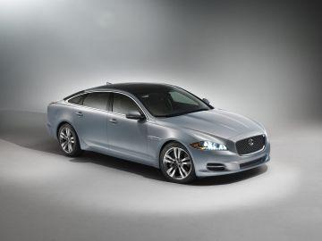 Jaguar Wallpapers Hd Download Jaguar Cars Wallpapers Drivespark