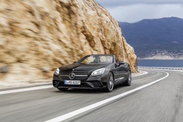 2017 Mercedes-Benz AMG SLC43