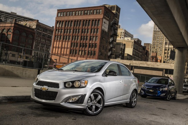 2016 Chevrolet Sonic Wallpapers