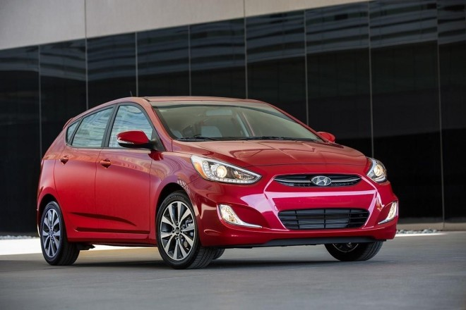 2016 Hyundai Accent Wallpapers