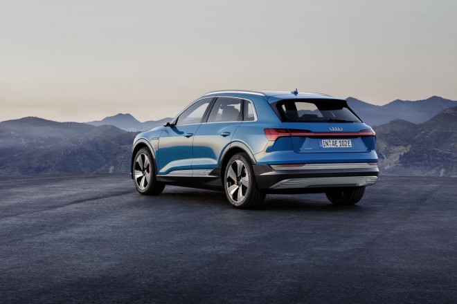 2019 Audi e-tron Launch Edition Wallpapers