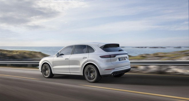 2019 Porsche Cayenne Turbo Wallpapers
