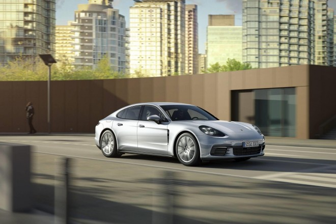 2019 Porsche Panamera Wallpapers