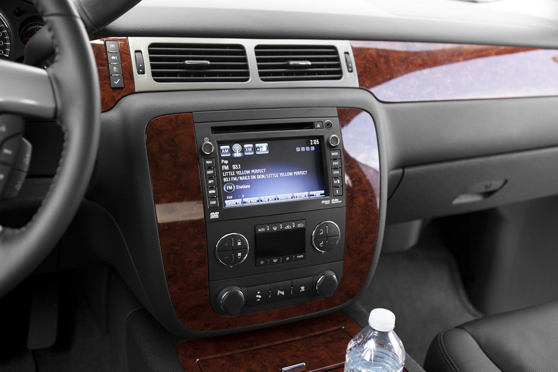 2012 Chevrolet Avalanche Wallpapers Hd Drivespark