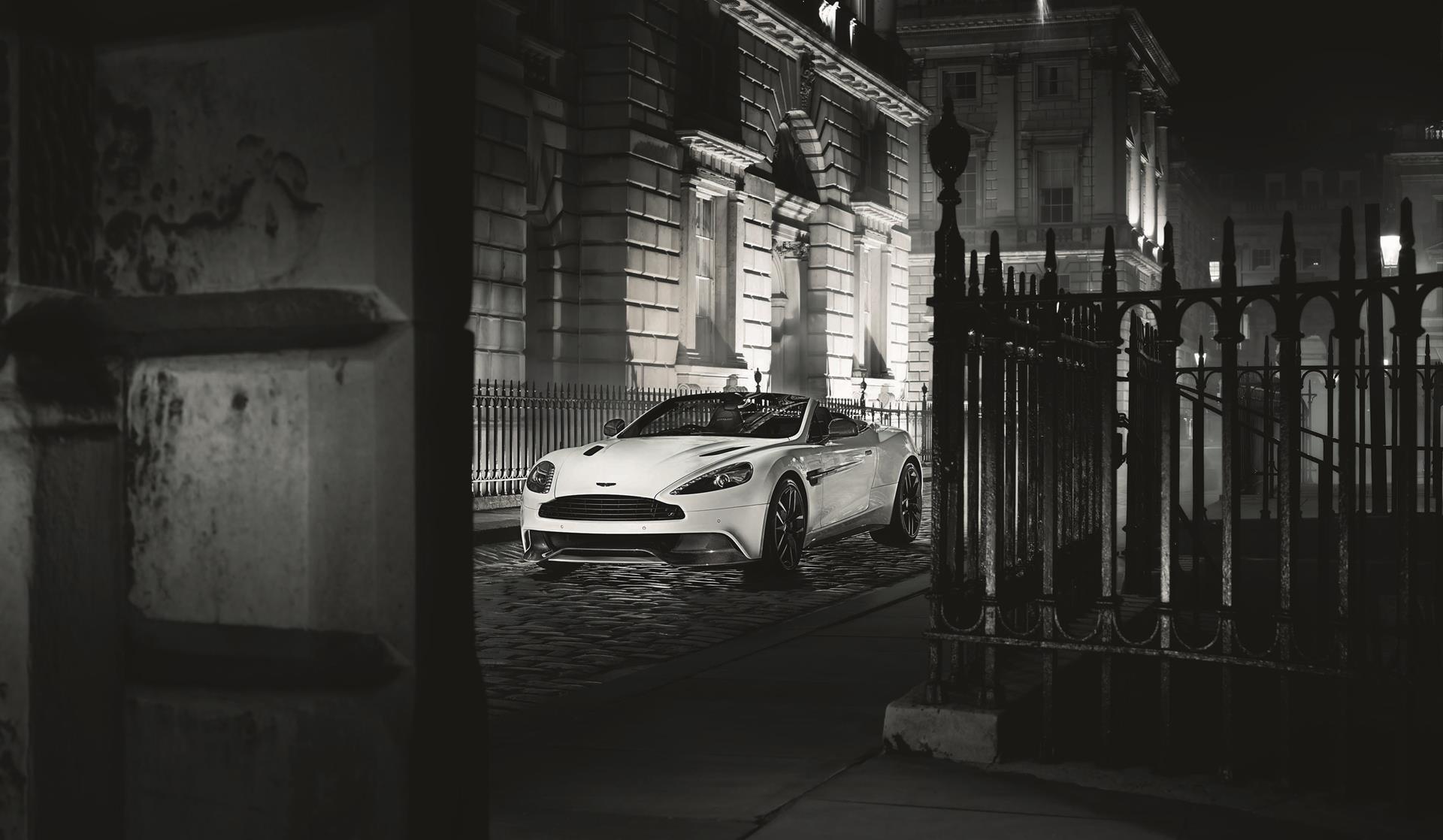 2015 Aston Martin Vanquish Carbon Black Wallpapers Hd Drivespark