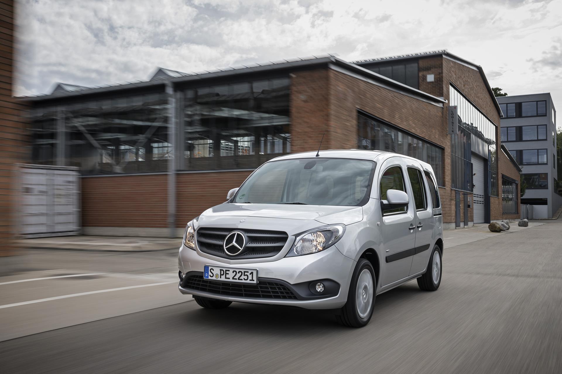 d11ec1d85f 2016 Mercedes-Benz Citan Delivery Van Wallpapers  HD  - DriveSpark
